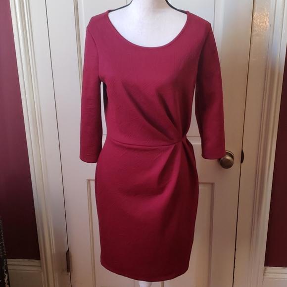 Purple Short Puff Sleeve V-neck Skater Dress. Gilli